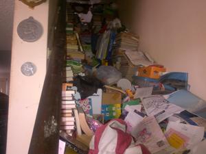 hoarding4